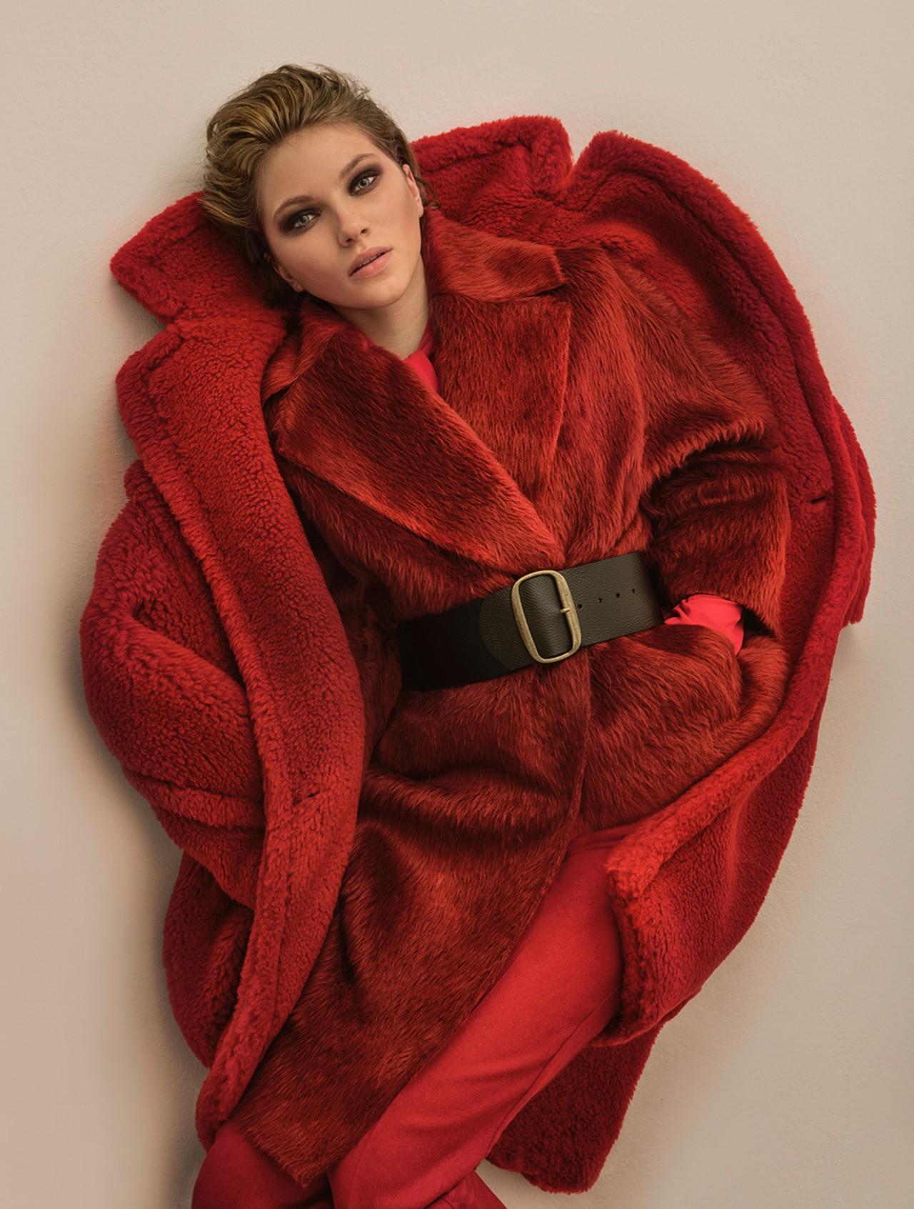 c94b30f240b5 Το νέο GLOW fashion editorial παρουσιάζει τα must-have πανωφόρια της ...