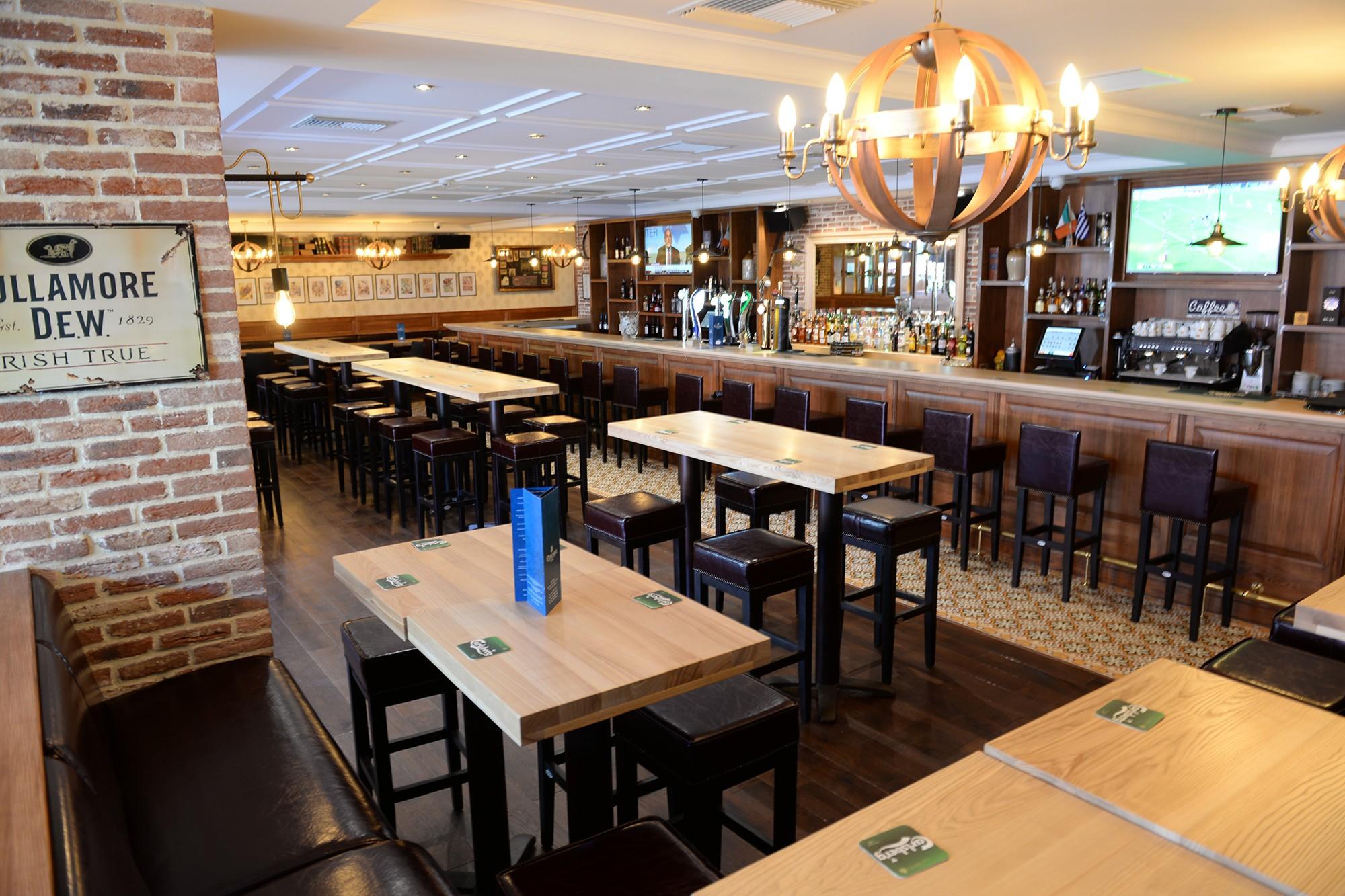 the-dubliner-bar-3.jpg