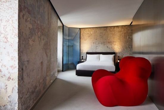 17thc-palazzo-transformed-by-jean-nouvel-into-the-rooms-of-rome-luxury-accommodation-yellowtrace-09.jpg