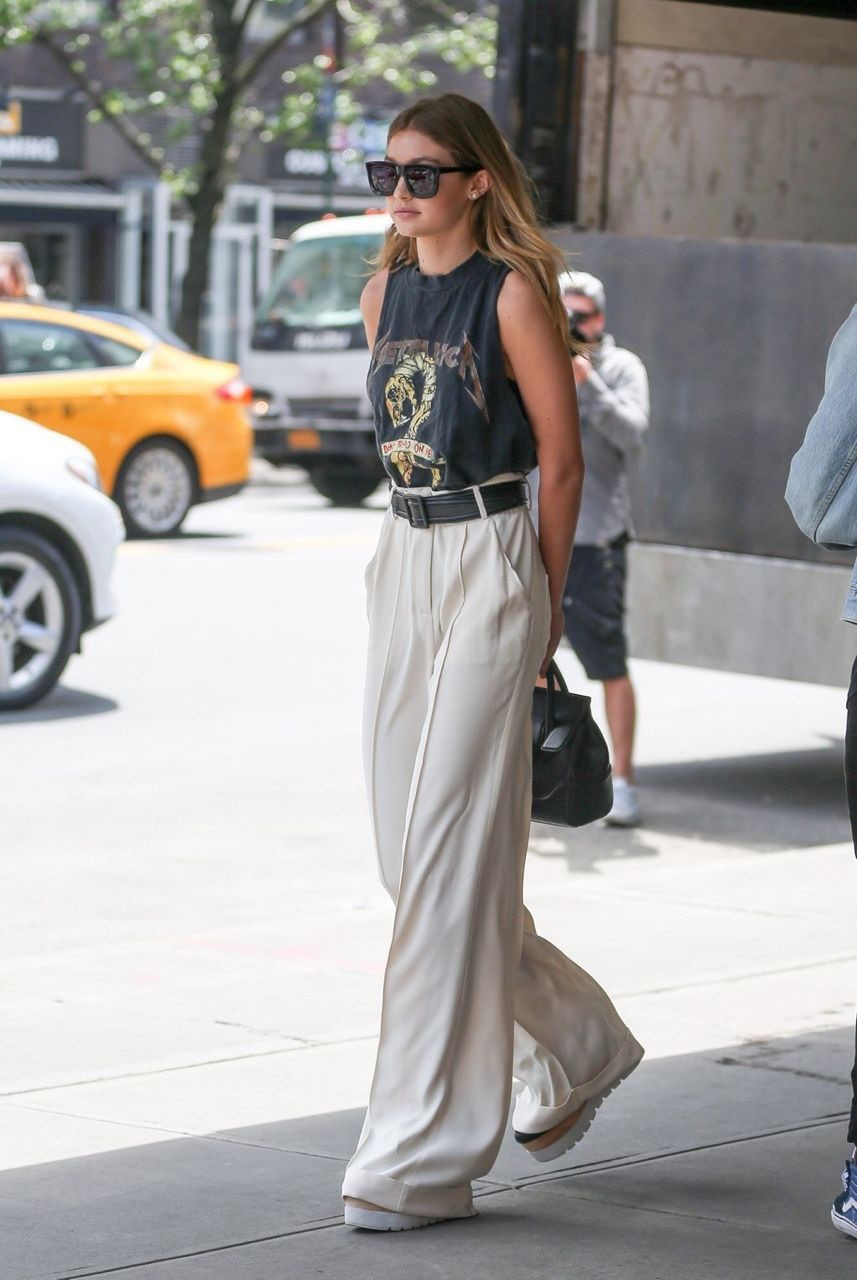 celebrities-wide-leg-pants-2.jpg