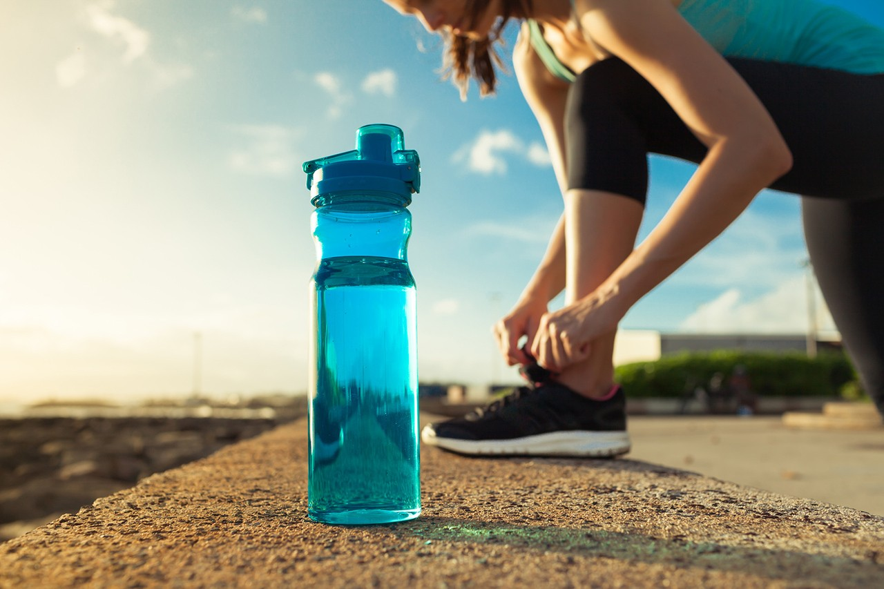 gym-water-hydration-glow-magazine.jpg