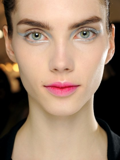 makeup-looks-2013-06-blurred-lips-christian-dior-fall-2013.jpg