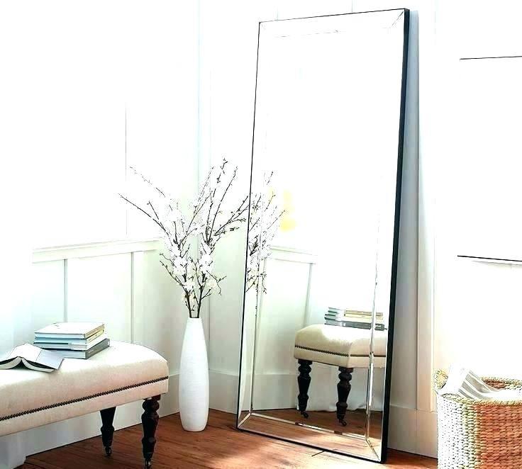 white-body-mirror-long-mirrors-framed-with-lights-gold-full.jpg