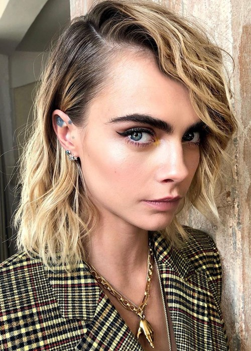 cara-delevigne-has-shown-us-three-stunning-ways-to-style-your-bob-p.jpg