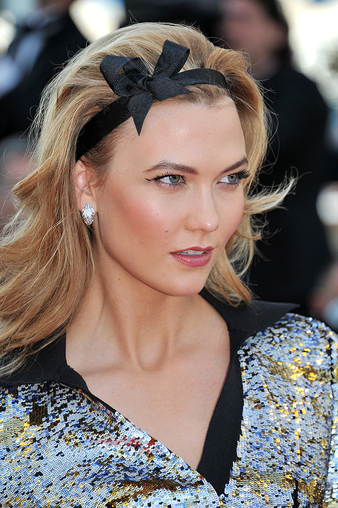 karlie-kloss-cannes-headband-hairstyle-inset-2.png
