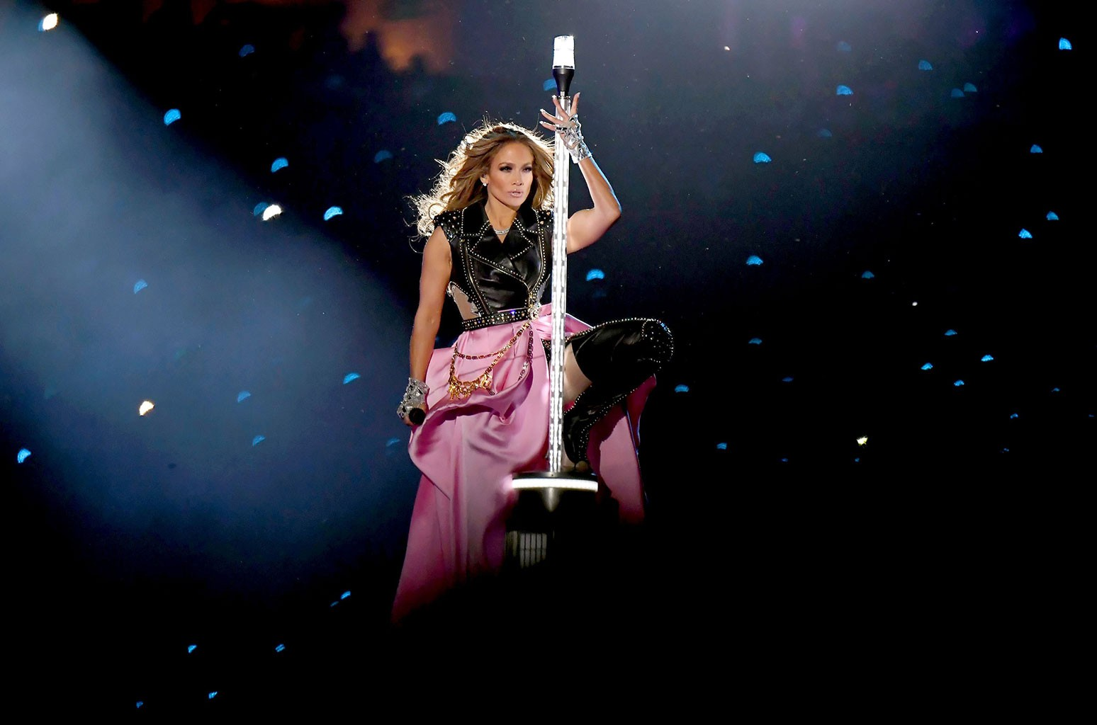 05-jennifer-lopez-super-bowl-halftime-show-2020-billboard-1548.jpg
