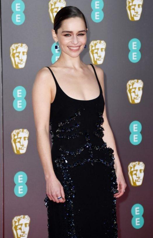 emilia-clarke-attend-baftas-awards-2020-in-london-4-524x817.jpg