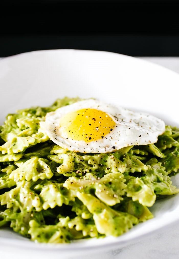 avocado-pasta-10-ILqME.jpg
