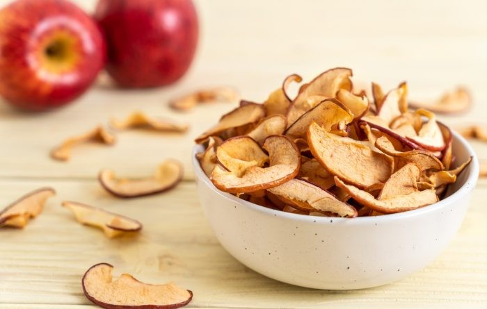 how-to-dehydrate-apples20-700x445.jpg