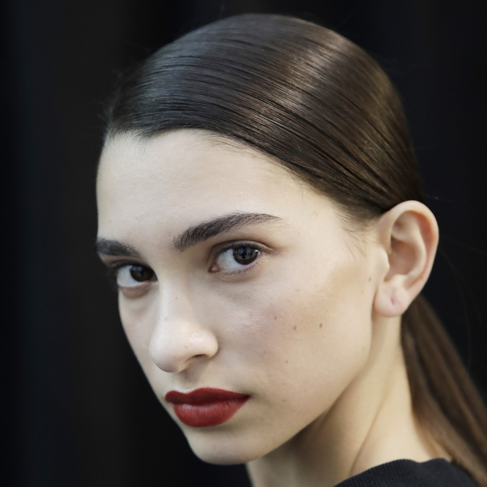 milan-fashion-week-aw-2020-jil-sander-makeup-hair.jpg