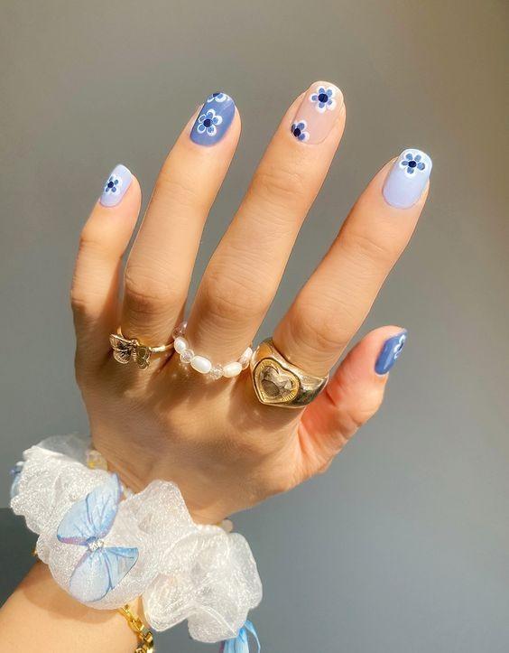 nails-blue.jpg