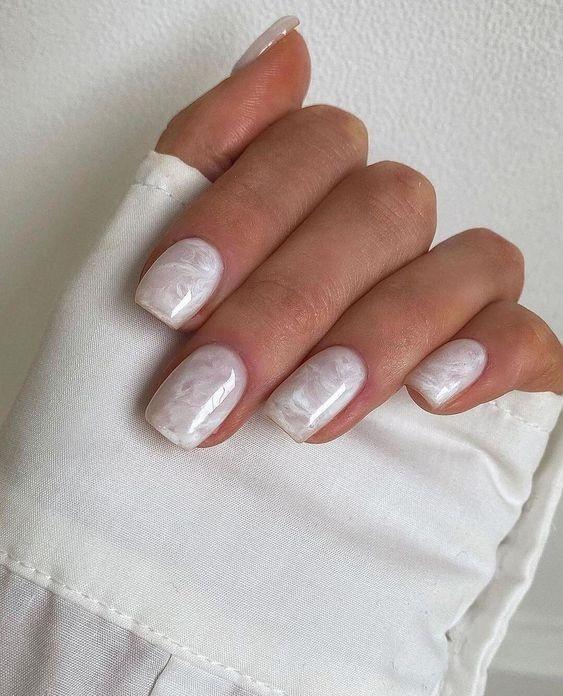 square-nails-mkhAd.jpg