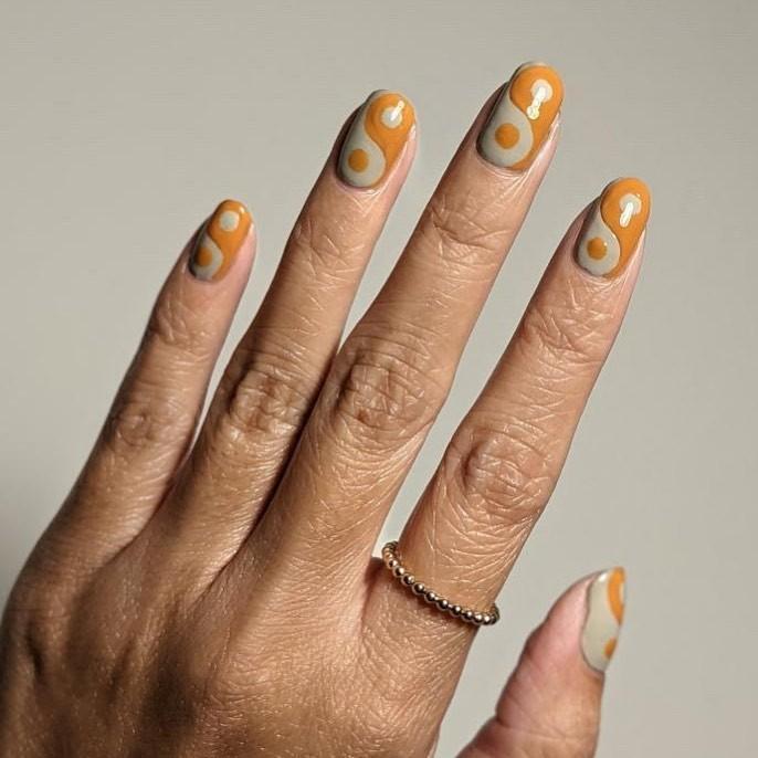 mustard-yellow-nails.jpg