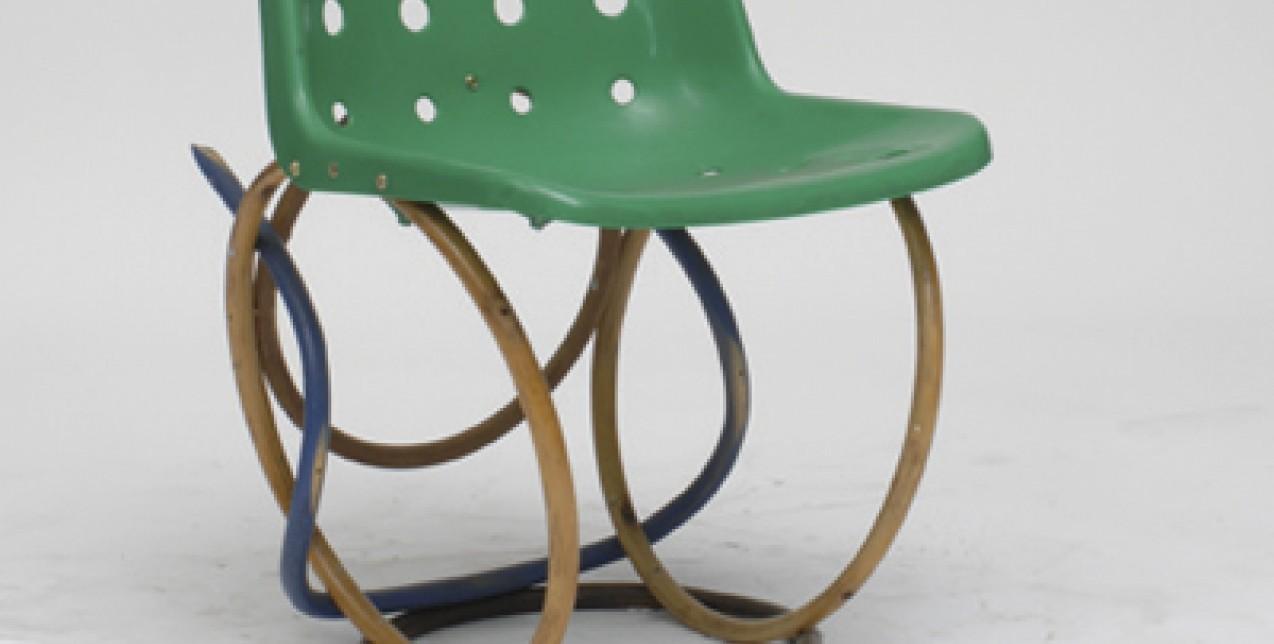 100 καρέκλες σε 100 μέρες