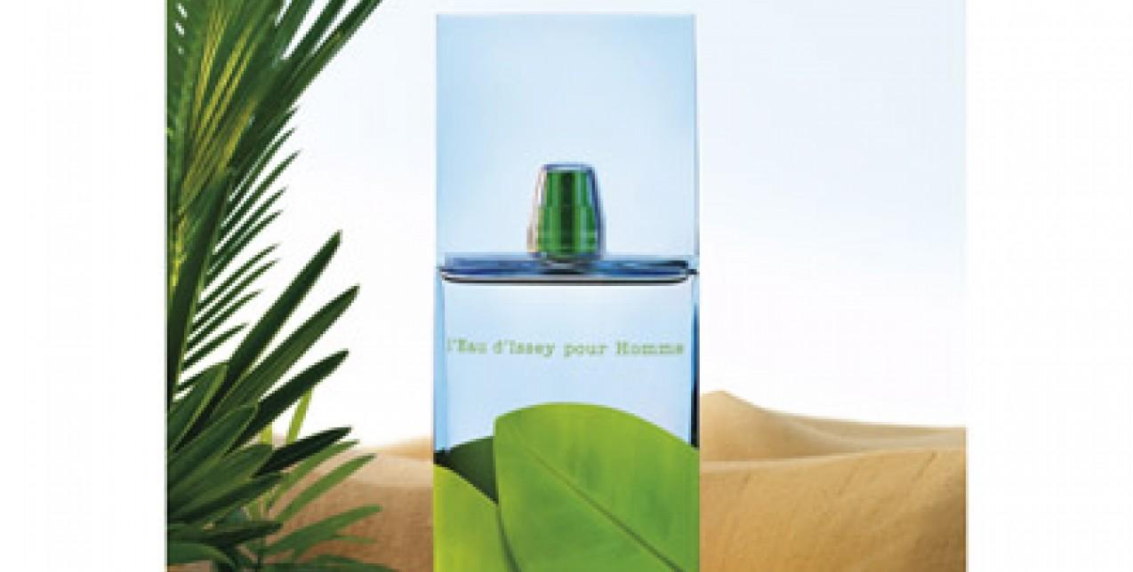 Water, desert, oasis