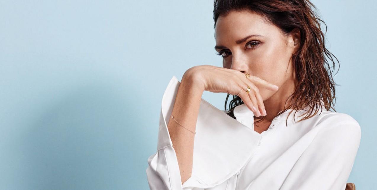 Yιοθετήστε το ροζ χρώμα στο μακιγιάζ σας όπως η Victoria Beckham