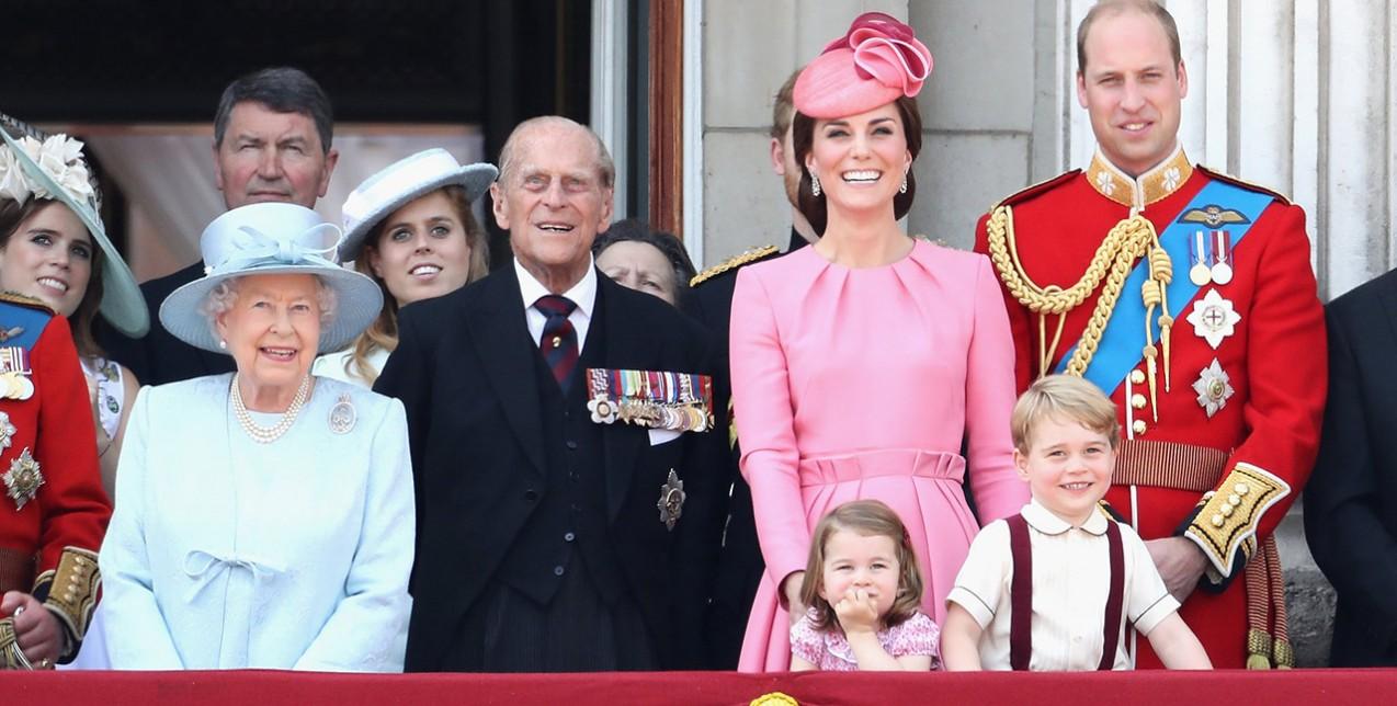 Οι στιλιστικοί κανόνες της βασιλικής οικογένειας που εκπλήσσουν ... c83d7e51e07