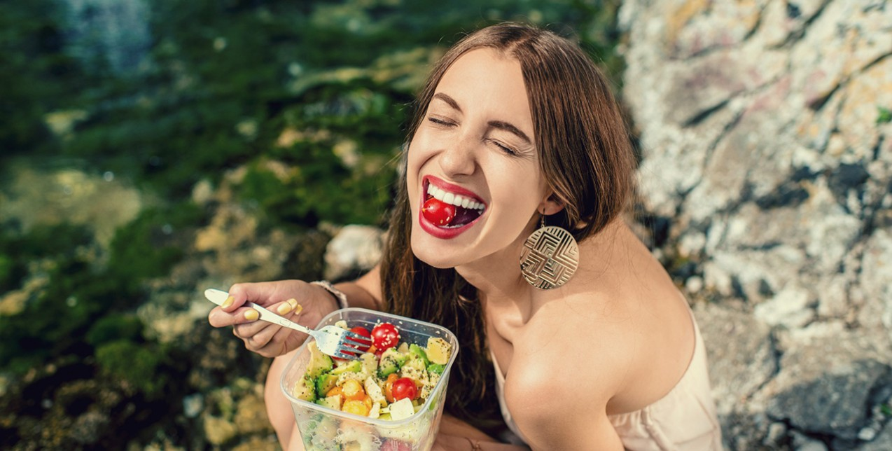 10+1 τροφές που πρέπει να εντάξετε στη διατροφή σας