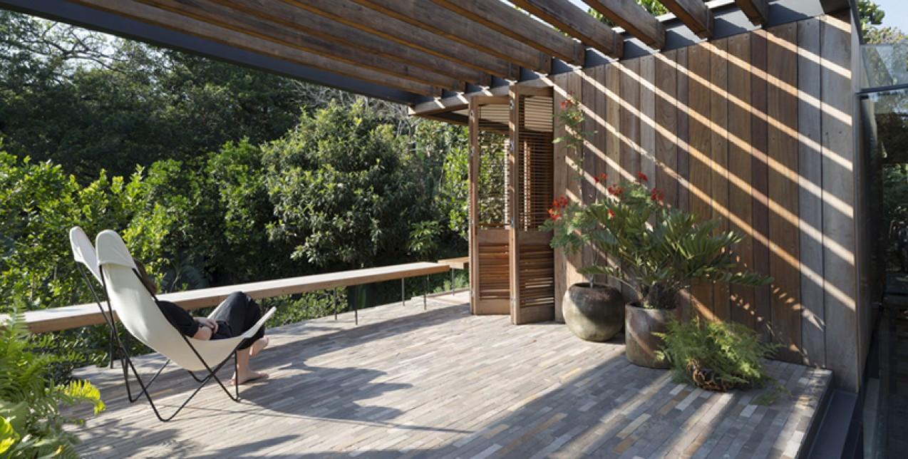 Το Αlbino Οrtega house στο Μεξικό ενσωματώνεται στο φυσικό περιβάλλον
