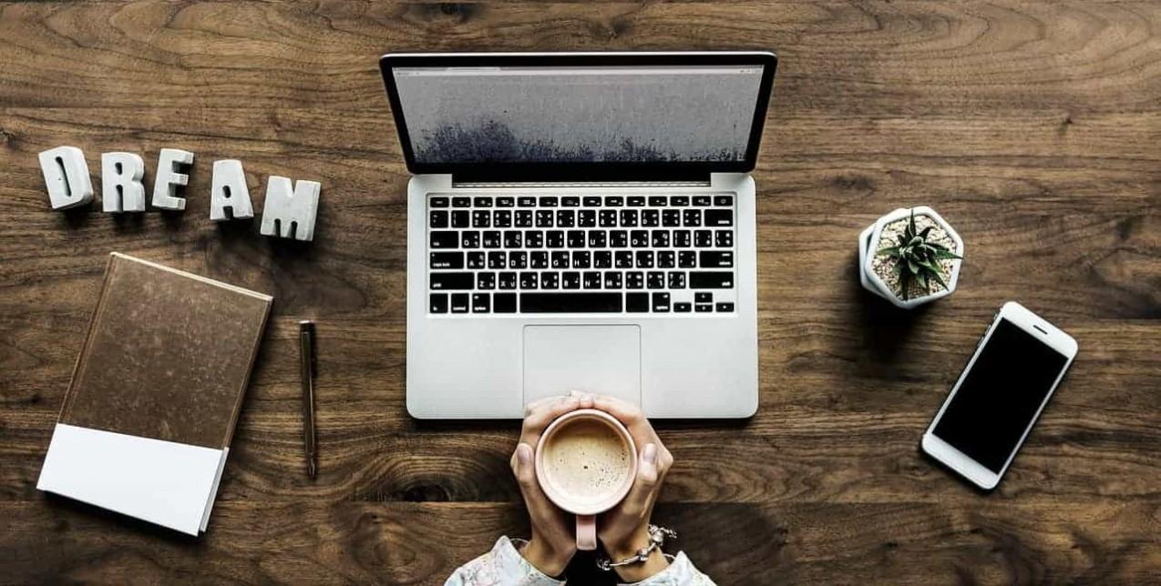 Πώς μπορεί να γίνει απόλυτα παραγωγική η δουλειά από το σπίτι