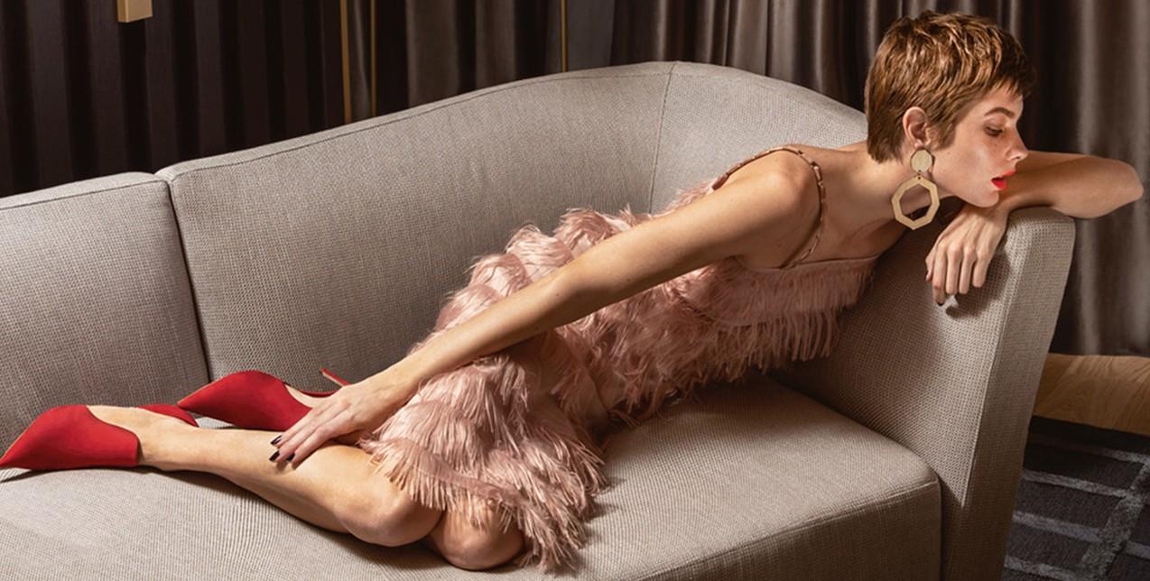 Το νέο fashion editorial του GLOW Ιανουαρίου είναι απολαυστικά sparkly