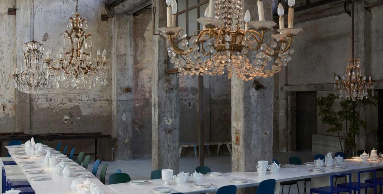 Το πανέμορφο εστιατόριο και cocktail bar Carlo e Camilla in Segheria στο Μιλάνο