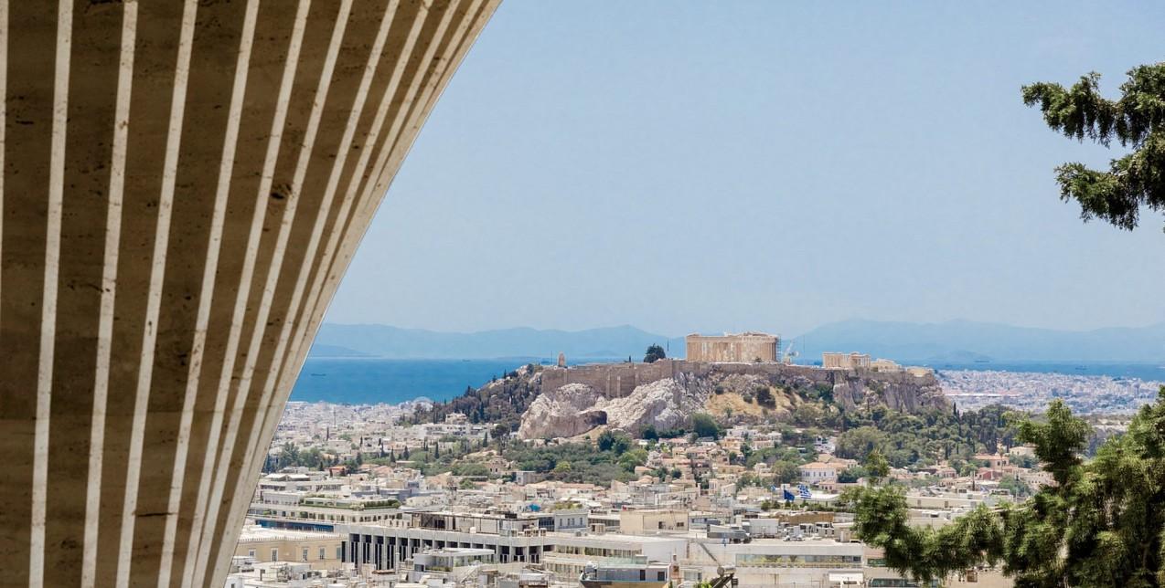 Ένα από τα πιο εντυπωσιακά διαμερίσματα στην Αθήνα έχει την υπογραφή τoυ Οmniview