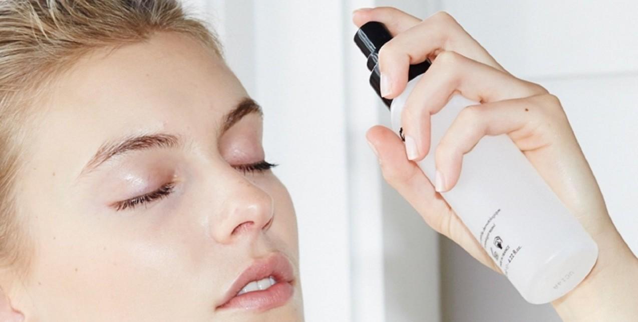 Face mists: Για τέλεια makeup looks και άψογο δέρμα είναι ό,τι πρέπει