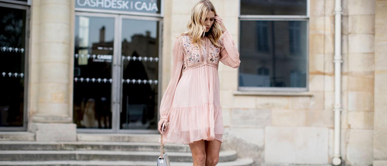 Wedding dress code: Τι δεν πρέπει να φορέσετε ως καλεσμένες σε γάμο