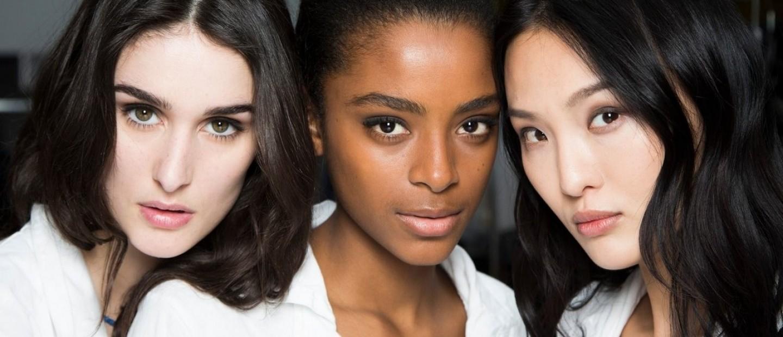 Βρείτε την ιδανική απόχρωση ρουζ σύμφωνα με το χρώμα του δέρματός σας