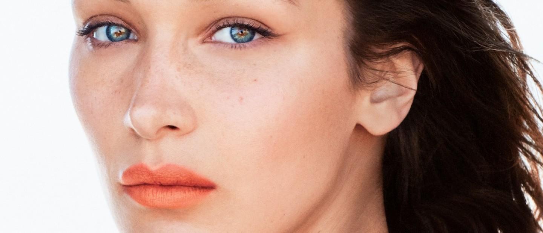 Πώς να υιοθετήσετε πρώτες το απόλυτο χρώμα του 2019 στο μακιγιάζ σας