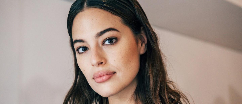 8 makeup tricks που κάθε γυναίκα με μικρά μάτια πρέπει να ξέρει