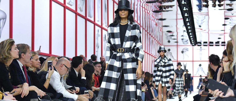 Paris Fashion Week: Δυναμική έναρξη με Christian Dior και Saint Laurent