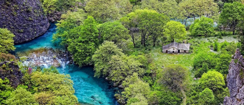Ανοιξιάτικη απόδραση σ'ένα από τα ομορφότερα χωριά της Ελλάδας