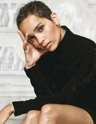 Μάθετε κι αντιγράψτε τα μυστικά ομορφιάς της υπέροχης Zoë Kravitz