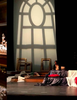 Η mezzo soprano Κασσάνδρα Δημοπούλου υμνεί την τέχνη της λυρικής σκηνής