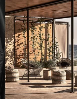 Η αρχιτεκτονική ομάδα Κ-studio υπογράφει το αριστουργηματικό Dexamenes Seaside Hotel