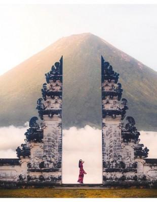 Oι φωτογράφοι που γυρίζουν τον κόσμο και χαρίζουν μαγικές λήψεις στο instagram