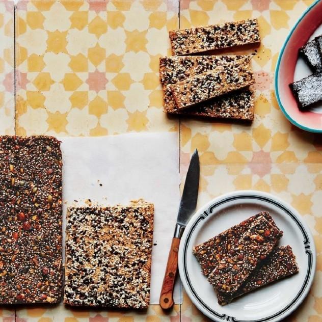 Φτιάξτε τις δικές σας μπάρες δημητριακών στο σπίτι