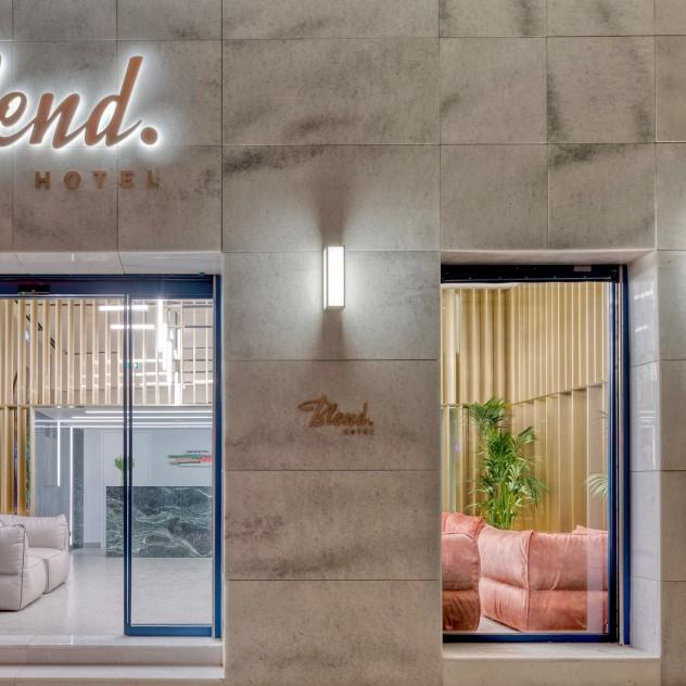 Ένα νέο είδος ανεπιτήδευτου ξενοδοχείου μόλις άνοιξε στο κέντρο της Αθήνας