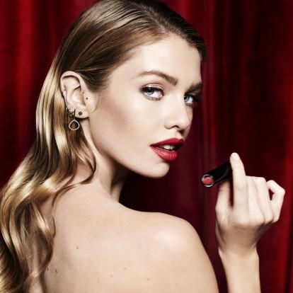 8 makeup tips που θα σώσουν το πρωτοχρονιάτικο μακιγιάζ σας