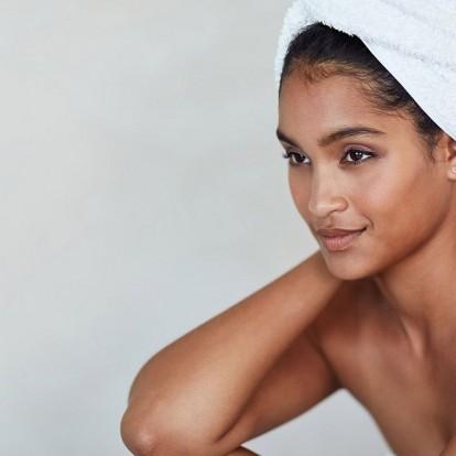 Οι 9 καλύτερες ενυδατικές κρέμες για ευαίσθητα δέρματα
