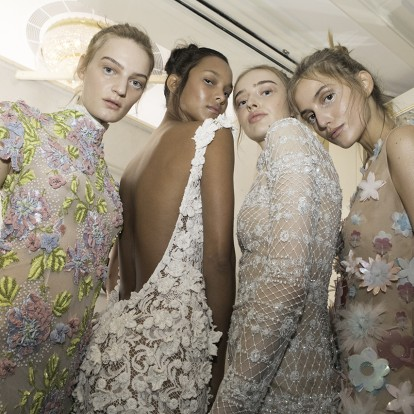 Η ονειρική επίδειξη Celia Kritharioti στην Haute Couture Fashion Week
