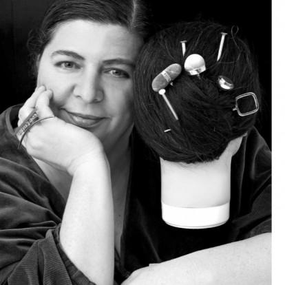 Η διεθνής σχεδιάστρια Έλενα Βότση σε μια ενδιαφέρουσα συνέντευξη