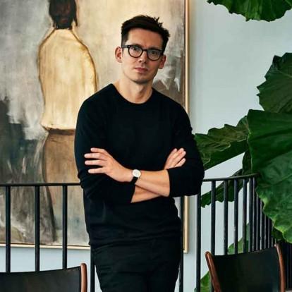 O σχεδιαστής μόδας Erdem αποκαλύπτει τα 5 αγαπημένα του αντικείμενα