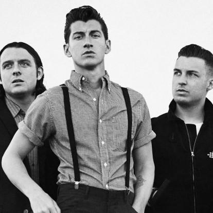 Οι Arctic Monkeys επιστρέφουν στα charts μετά από 5 χρόνια απουσίας