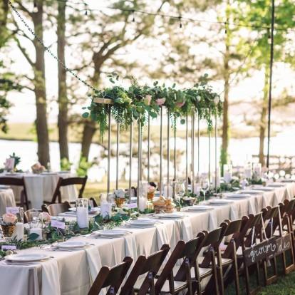 Πώς να μην βάλετε κιλά στο high season γάμων και βαφτίσεων