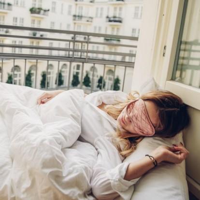 Sweet dreams: 4 τρόποι για να κοιμάστε καλύτερα