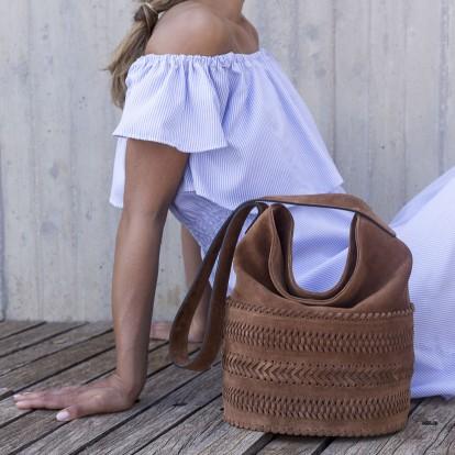 Η Grace K εξηγεί τη σημασία της τσάντας στη ζωή μιας γυναίκας