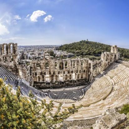 Οι 4 παραστάσεις στην Αθήνα που δεν πρέπει να χάσετε τον Αύγουστο